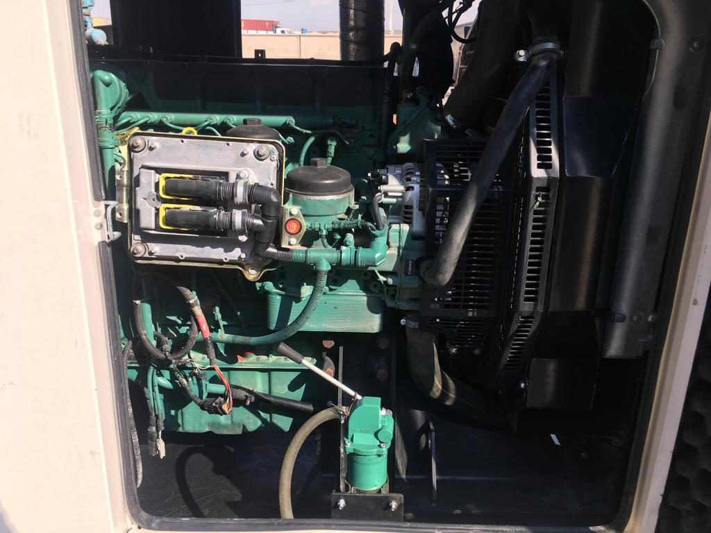 دیزل ژنراتور دست دوم ولوو پنتا مدل TAD734GE
